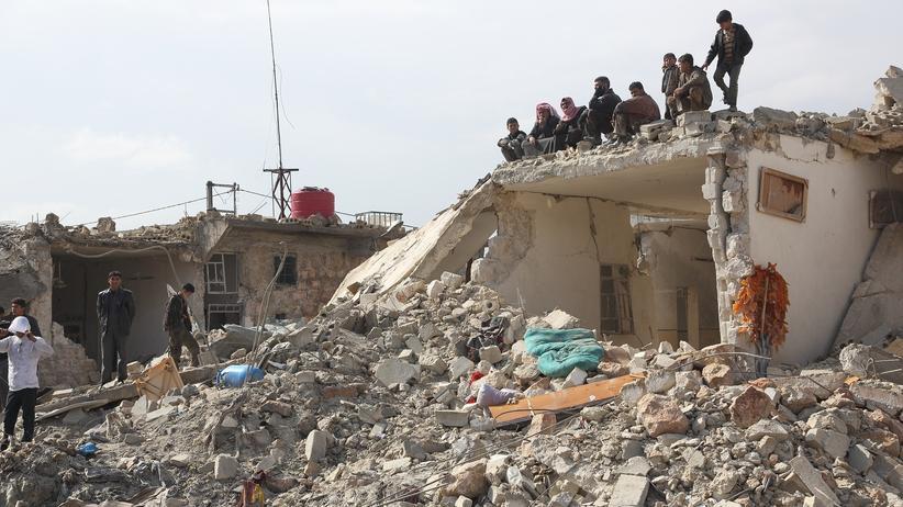 Syrien: Ein Archivbild aus dem zerstörten Hanano: Regierungstruppen haben das größte Rebellenviertel Aleppos eingenommen.