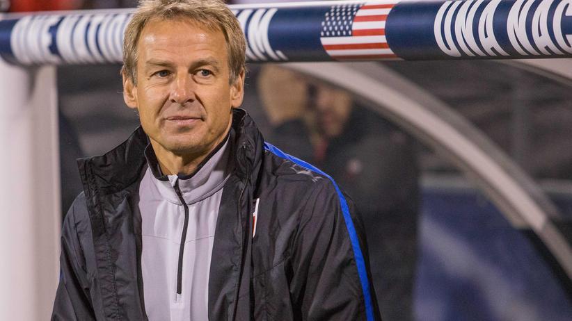 US-Nationalmannschaft : Jürgen Klinsmann noch als Nationaltrainer der USA vor einem Spiel gegen Mexiko