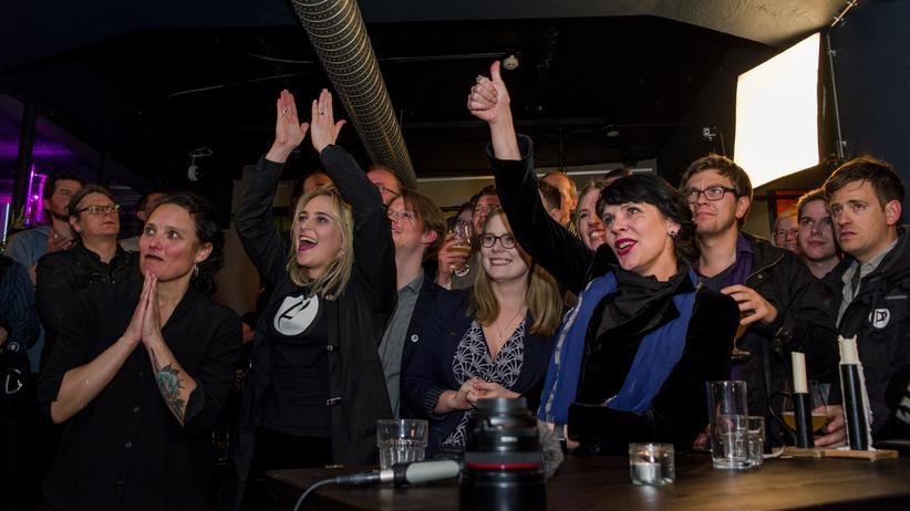 Island: Piratenpartei soll neue Regierung bilden