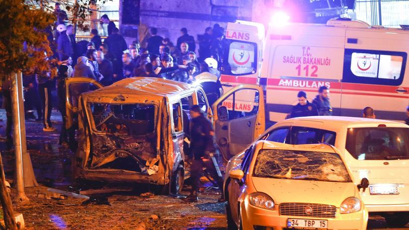 Der Anschlagsort in Istanbul zielte wohl vor allem auf Polizisten.