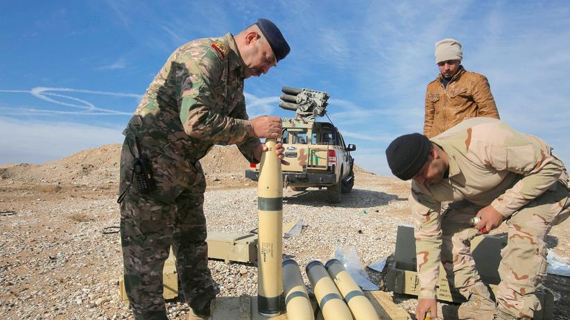 Irak: Irakische Soldaten bereiten sich vor für den neuen Anlauf in der Offensive auf Mossul.