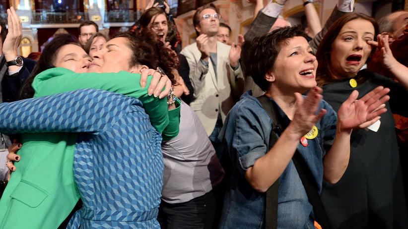 Österreich: Erleichterung nach dem Sieg Alexander van der Bellens bei der Bundespräsidentenwahl in Österreich