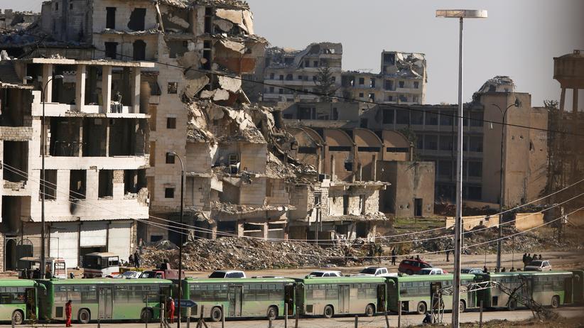 """Ost-Aleppo: """"Tausende Familien warten darauf, die Stadt zu verlassen"""""""