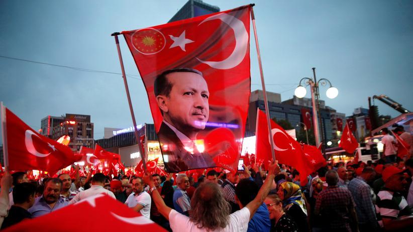 Türkei: Demonstration in Ankara für Staatschef Recep Tayyip Erdoğan