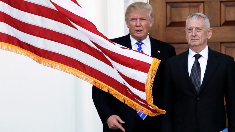 James Mattis: Donald Trump und James Mattis bei einem Treffen am 19. November