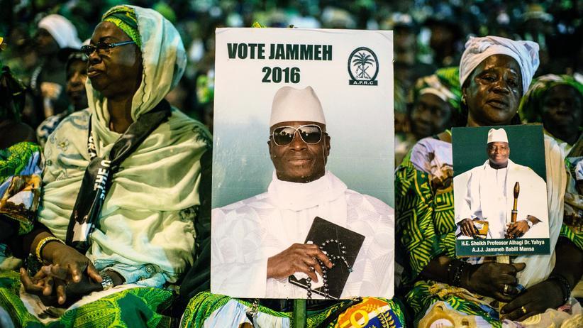 Yahya Jammeh: Gambias Präsident verhängt Ausnahmezustand