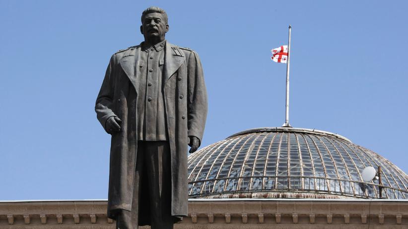 Georgien: Im August 2008 stand das Denkmal von Josef Stalin in dessen georgischer Geburtsstadt Gori noch.