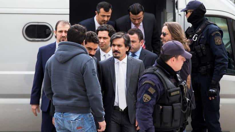 Streitkräfte: Türkei erzürnt über griechisches Urteil zu geflohenen Soldaten