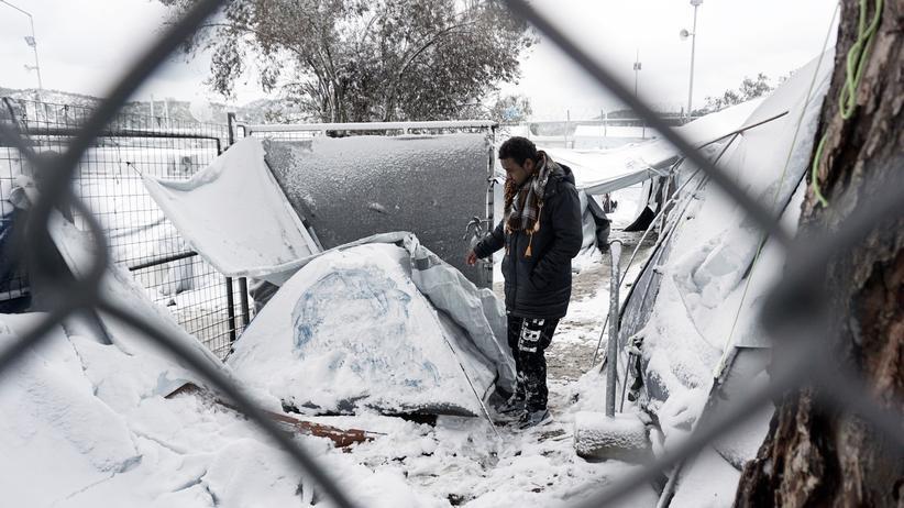 Flüchtlinge: Ein Flüchtling im Lager Moria auf Lesbos