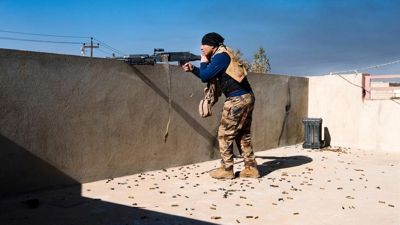 Irak: Ein Soldat der irakischen Armee während der Militäroperation am 12. Januar in Mossul