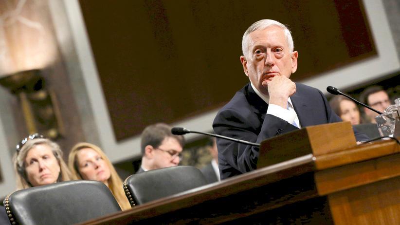 James Mattis: Trumps Kandidat für das Pentagon warnt vor Putin