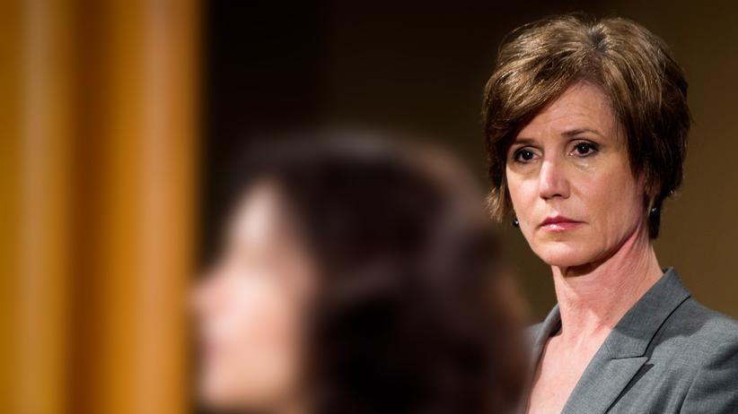 USA: Die Interimsjustizministerin Sally Yates setzt ein Zeichen gegen Donald Trump.