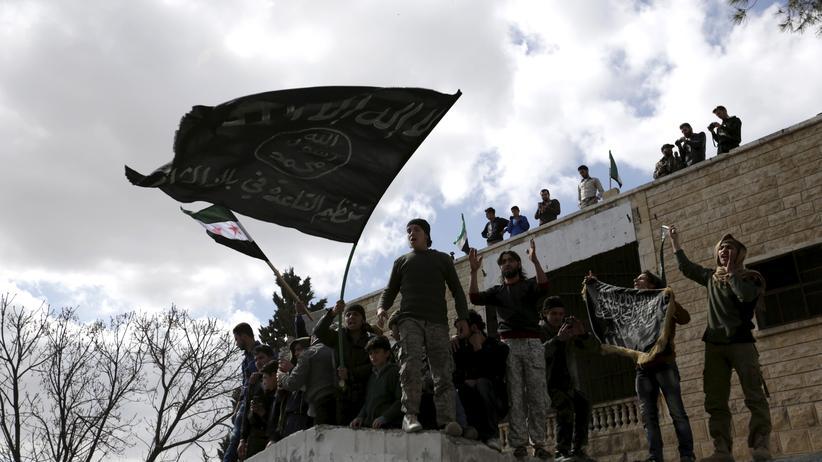 Syrien: Mehr als 100 Al-Kaida-Kämpfer bei US-Angriff getötet