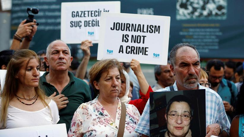 Türkei: Demonstationen für Pressefreiheit in Istanbul