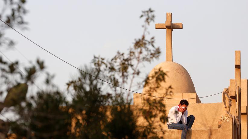 Christen in Ägypten: Beerdigung von Opfern eines Anschlages auf eine koptische Kirche in Kairo im Dezember 2016