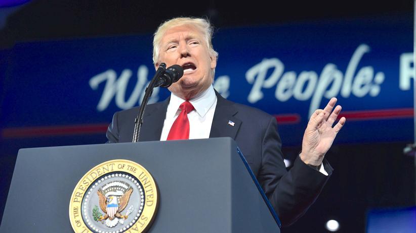 "Donald Trump: Der Präsident will Namen lesen, nicht ""anonyme Quellen"""