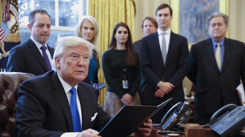 Donald Trump: Wir sind Komparsen in einem Horrorfilm
