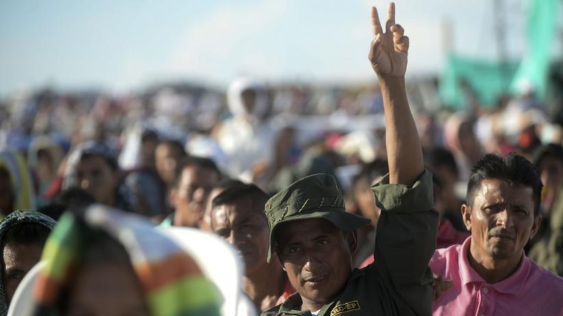 Kolumbien: Farc-Kämpfer geben ihre Waffen ab