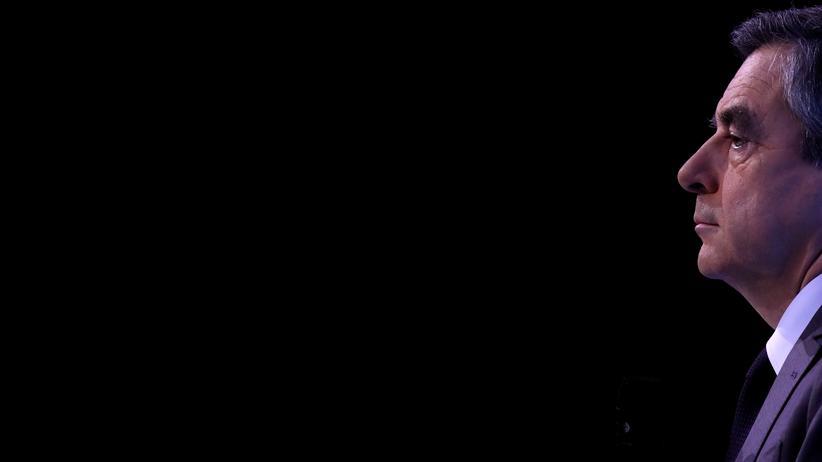 François Fillon: Gegen den konservative Präsidentschaftskandidat François Fillon wird während des Wahlkampfs wegen Veruntreuung von Staatsgeldern ermittelt.