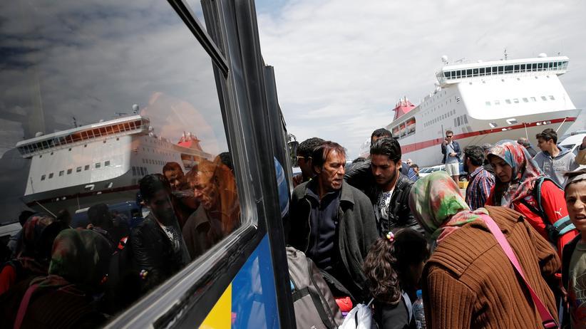 Asylpolitik der EU: Geflüchtete im Westen Athens in Griechenland