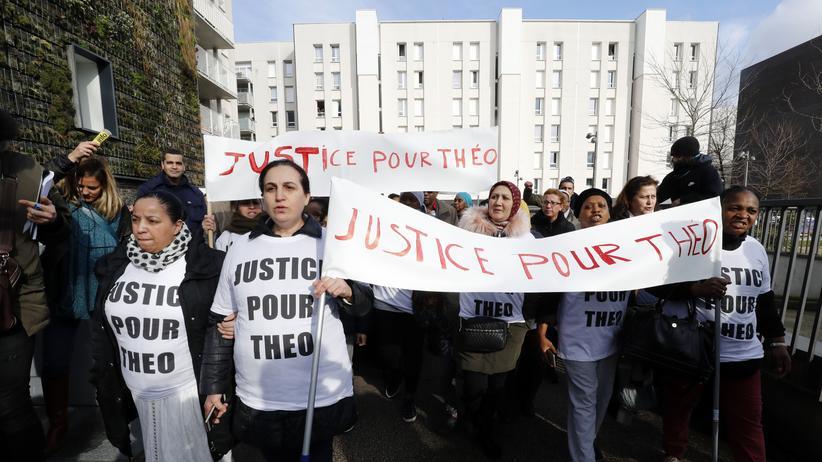 Frankreich: Proteste gegen die Polizeigewalt gegen den jungen Mann in Aulnay-sous-Bois