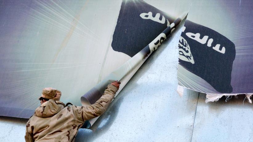 """""""Islamischer Staat"""": Die Terrororganisation """"Islamischer Staat"""" nimmt offenabr deutlich weniger Geld ein als noch im Jahr 2014."""
