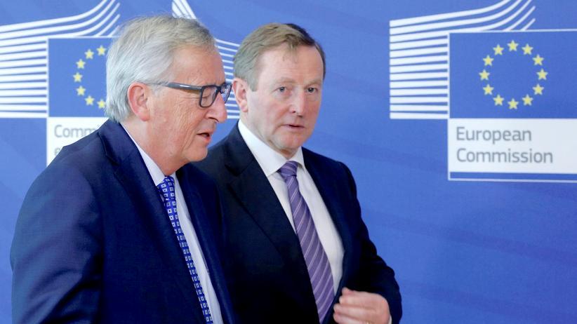 EU: EU-Kommissionspräsident Jean-Claude Juncker (l.) mit dem irischen Premierminister Enda Kenny in Brüssel
