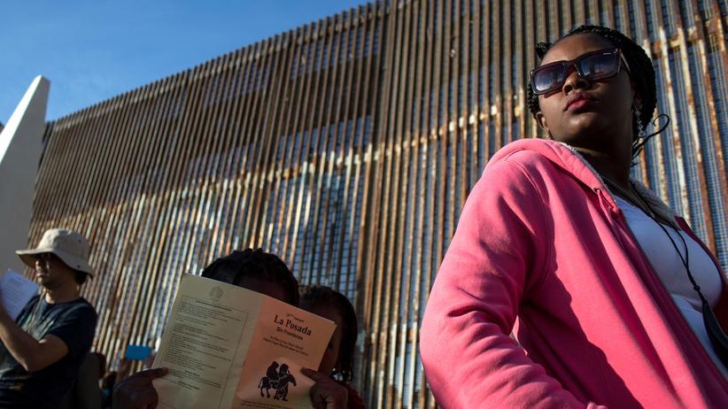 politik ausland donald trump mauer mexiko wird gebaut