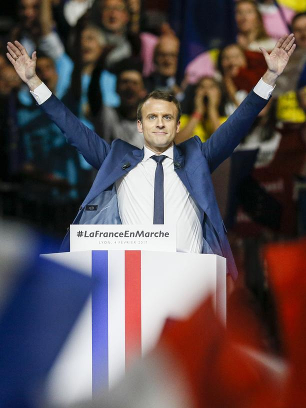 Emmanuel Macron: Emmanuel Macron, head of the political movement En Marche !, or Onwards !, and candidate for the 2017 presidential election, delivers a speech during a campaign rally in Lyon, France, February 4, 2017.  REUTERS/Robert Pratta TPX IMAGES OF THE DAY