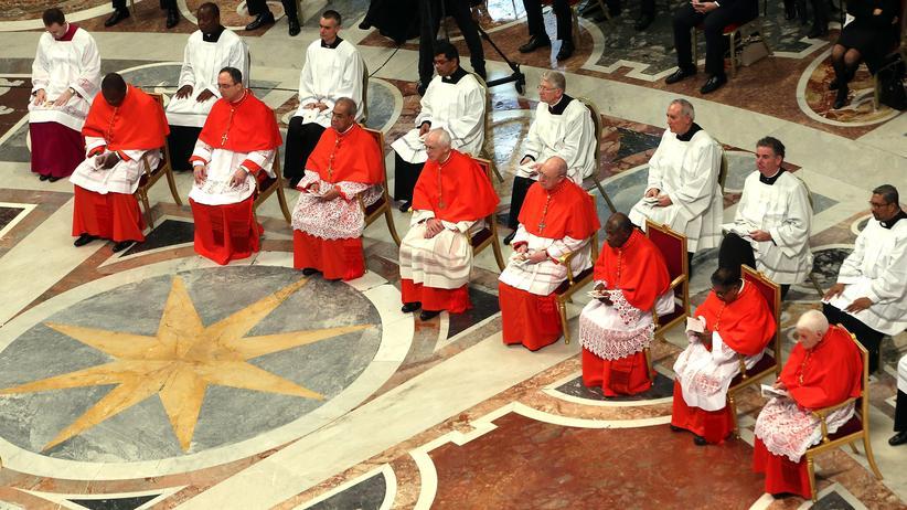 US-Regierung und Vatikan: Frisch ernannte Kardinäle während eines Festakts im Vatikan