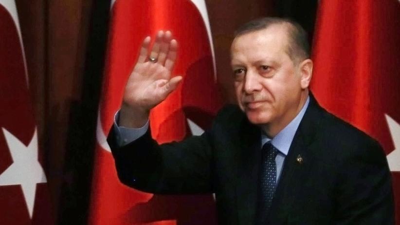 Türkei: Erdoğan unterzeichnet umstrittene Verfassungsreform