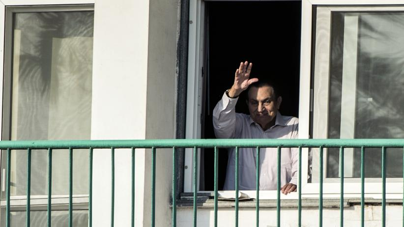 Ägypten: Der frühere ägyptische Präsident Hosni Mubarak im Kairoer Militärkrankenhaus, aufgenommen im Oktober 2016.