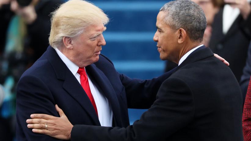US-Wahlkampf: Donald Trump (l) und Barack Obama (r) am 20. Januar 2017 in Washington