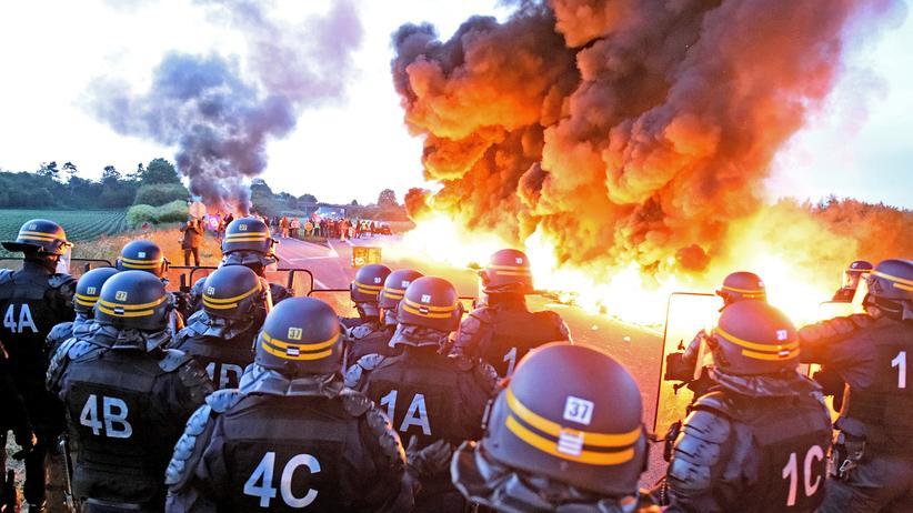 Präsidentschaftswahl in Frankreich: Revolutionäre Ausbrüche: hier 2016 in Douchy-Les-Mines, bei einer Demonstration gegen die Arbeitsmarktreformen