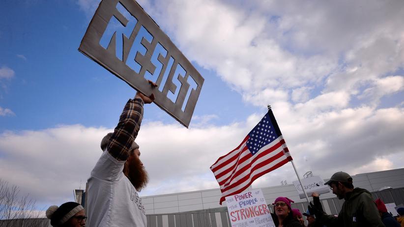 Einreiseverbot: Proteste gegen das erste Einreiseverbot der US-Regierung im Januar 2017 in Philadelphia