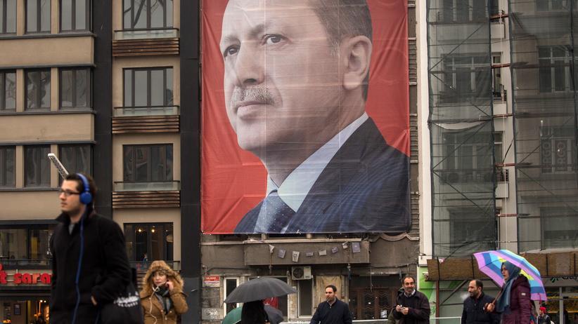 Referendum in der Türkei: Ein Plakat von Recep Tayyip Erdoğan in Istanbul