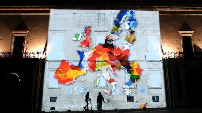 """Europäische Union: Auch eine Installation auf Malta mit dem Namen """"Farben in Bewegung"""" erinnert an die Vielfalt der EU und ihren gemeinsamen Weg."""