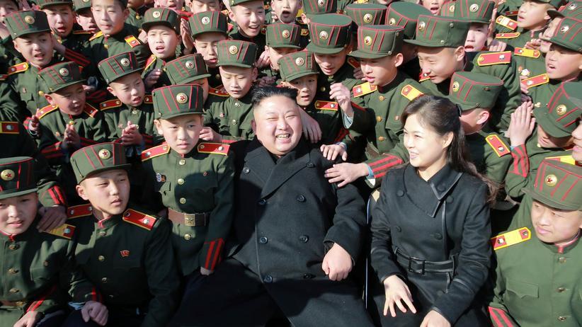 Auch nordkoreanische Botschaftsangestellten dürfen nicht mehr aus Malaysia ausreisen.