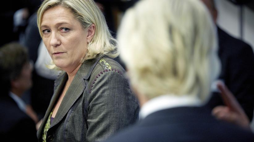 Frankreich: Marine Le Pen und Geert Wilders während einer Pressekonferenz 2013