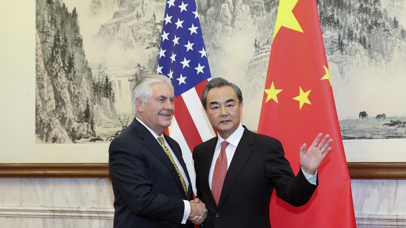 Raketentests: Tillerson und sein chinesischer Amtskollege Wang Yi