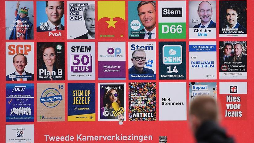 Parlamentswahl in den Niederlanden: Wahlplakate im südholländischen Leiden