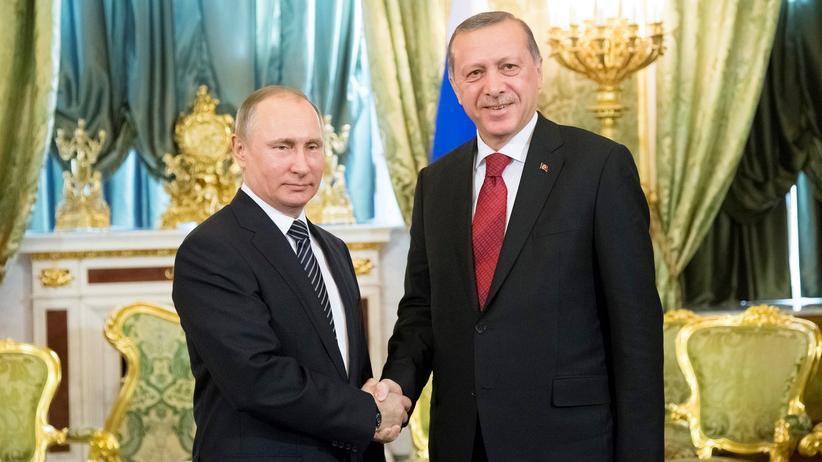 Treffen in Moskau: Freundschaft wider Willen