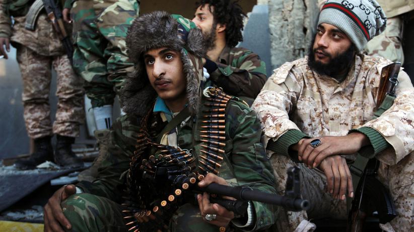 Libyen: Kämpfer des libyschen Ex-Generals Khalifa Haftar in Qanfudah, südlich von Bengasi