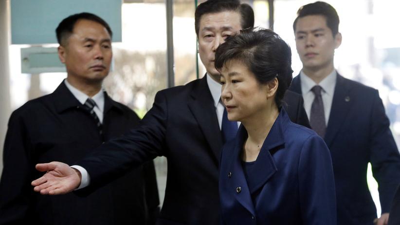 Park Geun Hye: Die ehemalige Staatspräsidentin Park Geun Hye bei ihrer Anhörung im Bezirksgericht von Seoul