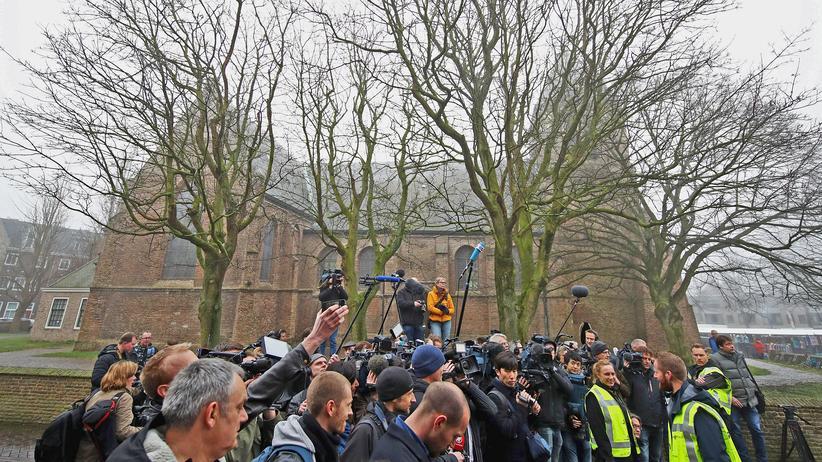 Geert Wilders: Wilders in der Mitte: Der Marktplatz von Spijkenisse in Südholland
