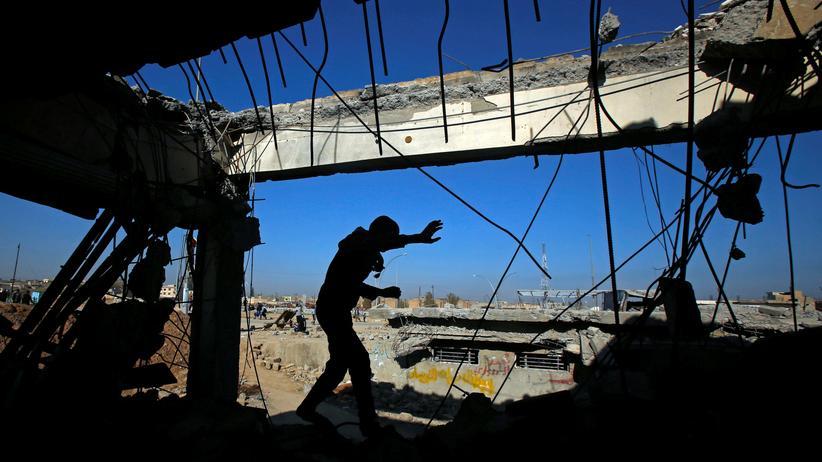 Zerstörungen nach Bombenangriffen in Mossul, Irak