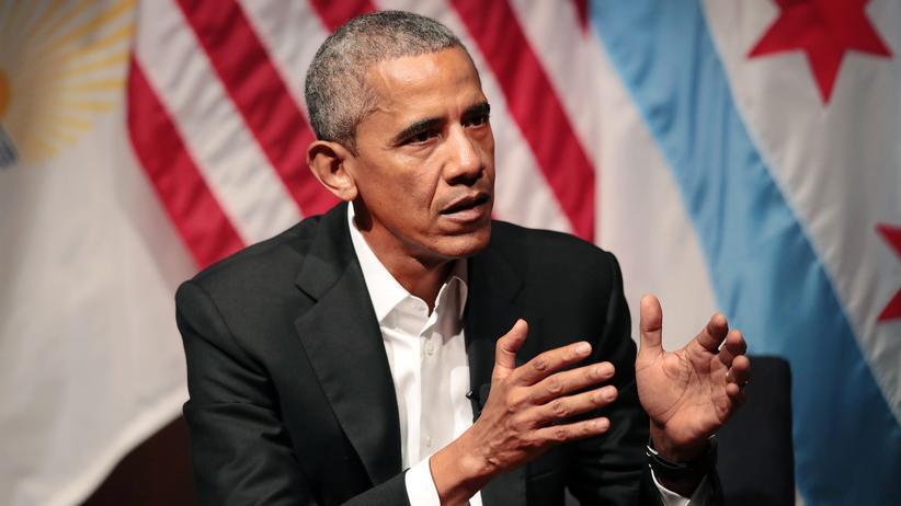 Barack Obama: Der frühere US-Präsident Barack Obama während seines Auftritts an der Universität Chicago