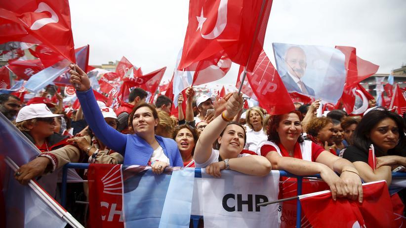 Referendum in der Türkei: Opposition klagt vor Menschengerichtshof