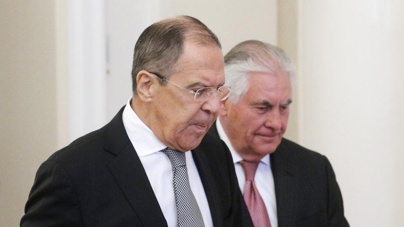 Tillerson in Russland: Der russische Außenminister Lawrow (links) und sein US-Amtskollege Tillerson in Moskau