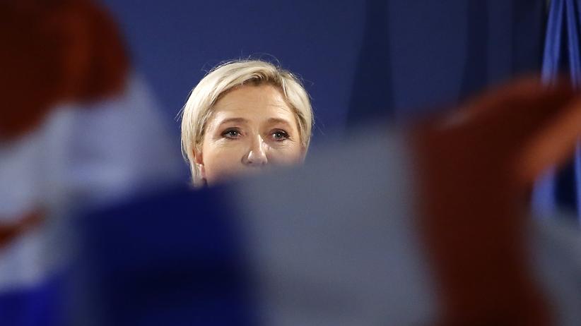 Wahlkampf in Frankreich: Viele fragwürdige Unterstützer im Netz: die rechtsextreme französische Präsidentschaftskandidatin Marine Le Pen